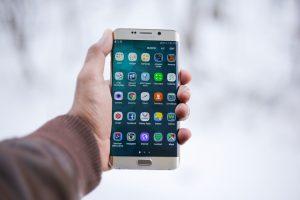 Despre huse si Samsung Galaxy S10